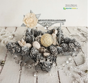 New Challenge and Christmas Star Centerpiece by Maria Lillepruun