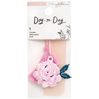 Εικόνα του Maggie Holmes Day-To-Day Charm Bookmark - Floral