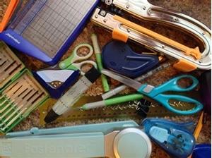 Τα 10 απαραίτητα εργαλεία στο scrapbooking ...